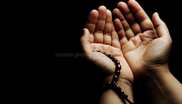 Bacaan Doa Mujarab Ketika Sakit Tak Kunjung Sembuh